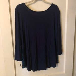 Dana Buchman Tops - Blue and black blouse in excellent condition